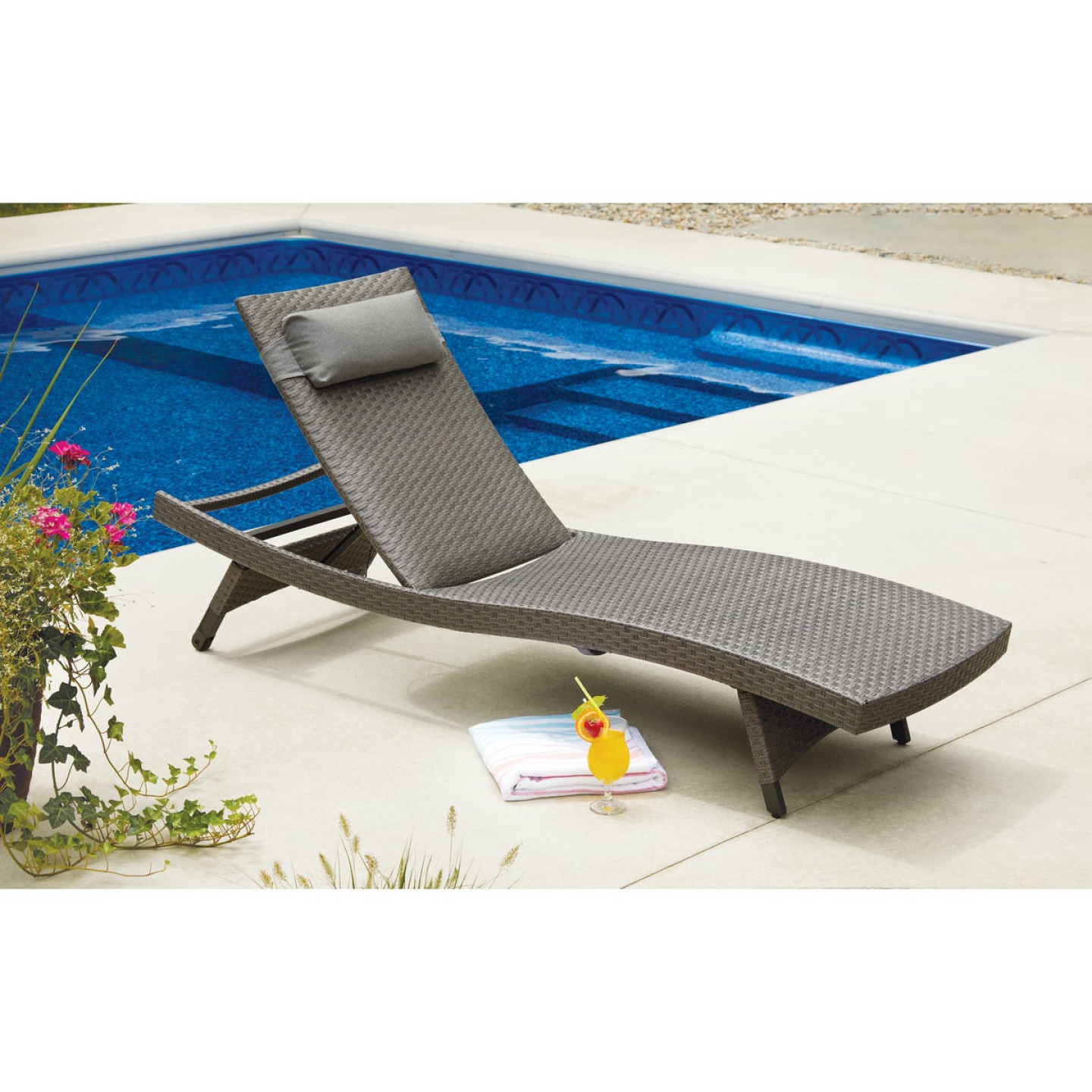 Pacific Casual Park Ridge Aluminum Chaise Lounge Image 2